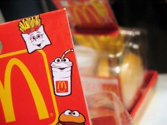 Santa Clara bans Happy Meals