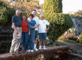L-­R: Louie, cousins Teresita and Judith with husband Robin and Gene.