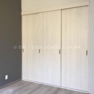 Closet con Puertas Corredizas por Eco Closets Queretaro