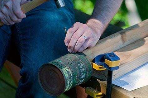 process2 Porta velas con latas de conservas