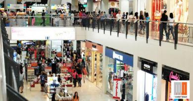 """Orari negozi, la legge """"dimenticata"""" ripescata dal M5S"""