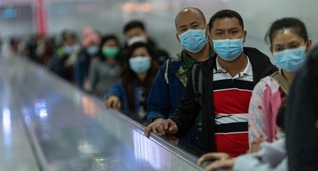 Economia. Coronavirus, da McDonald's a Toyota: stop di negozi e produzione in Cina