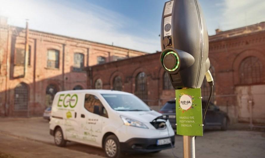Pierwsza w Łodzi stacja ładowania pojazdów elektrycznych zasilana instalacją fotowoltaiczną