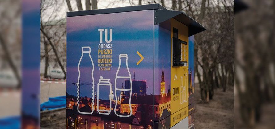 Zapracowane recyklomaty w Warszawie