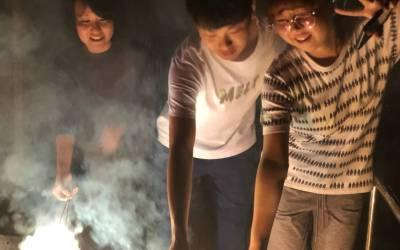 火花散る夜