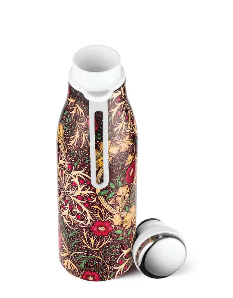 Reusable water bottle seaweed