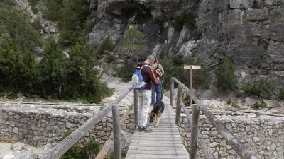 Atravesando el Barranco de La Vall