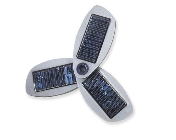 Solio pocket solar power