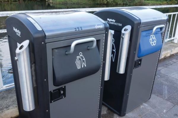 BigBelly dustbins promote recycling  (3)