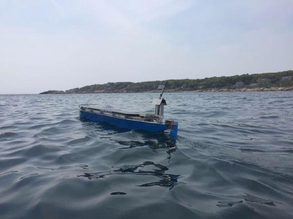 Autonomous solar powered boat  (2)
