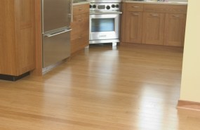 Natural Fibrestrand blends well with a wide range of wood trims.