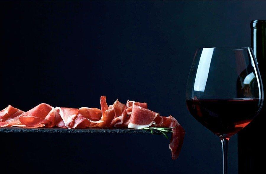 recetas-con-jamon-de-bellota-vino