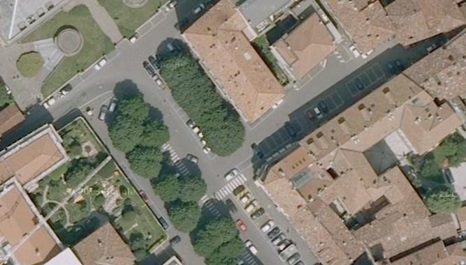 Progettazione di piazza Roma e piazza Volta: al sopralluogo 82 iscritti