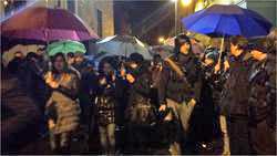 Ztl/ in 300 alla protesta dei fischietti