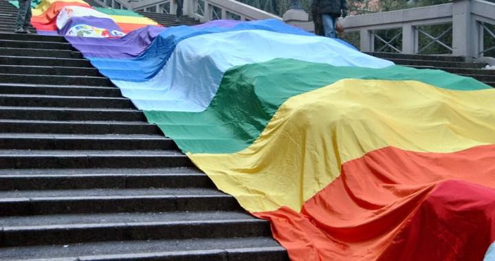Alex Zanotelli/ Contro la guerra dell'Italia bandiere della Pace e Marcia Perugia Assisi