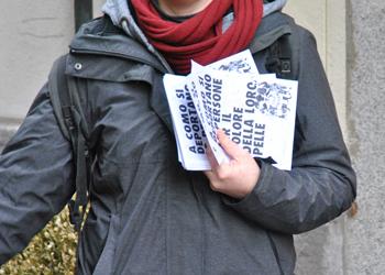 In piazza per informare sulle deportazioni