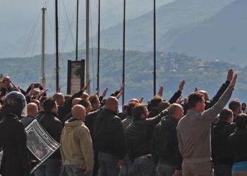 A Dongo uno sfregio alla storia democratica italiana