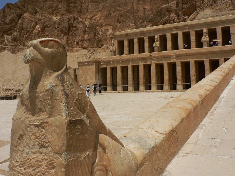 temple_of_hatshepsut_1519_jpg_original