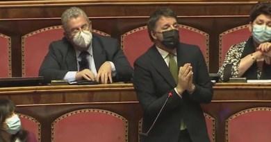 Renzi fa tremare il governo, Conte sopravvive. Crisi programmata?