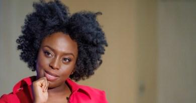 Dovremmo essere tutti femministi: il manifesto di Chimamanda Ngozi Adichie