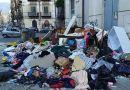 Covid e differenziata: il centro di Palermo sotto i rifiuti