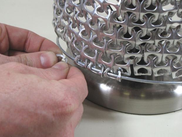 lámpara con anillas de latas 8