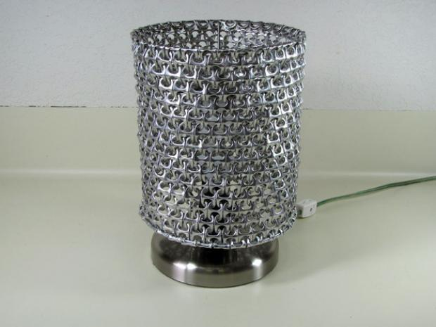 lámpara con anillas de latas 9