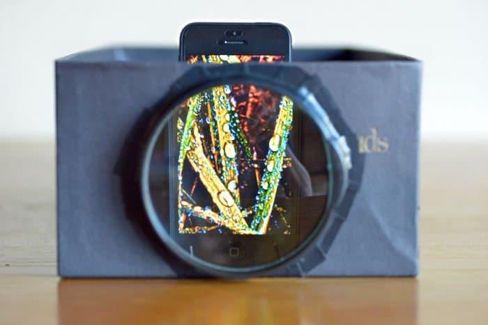Como hacer un proyector con una caja de zapatos y un smartphone