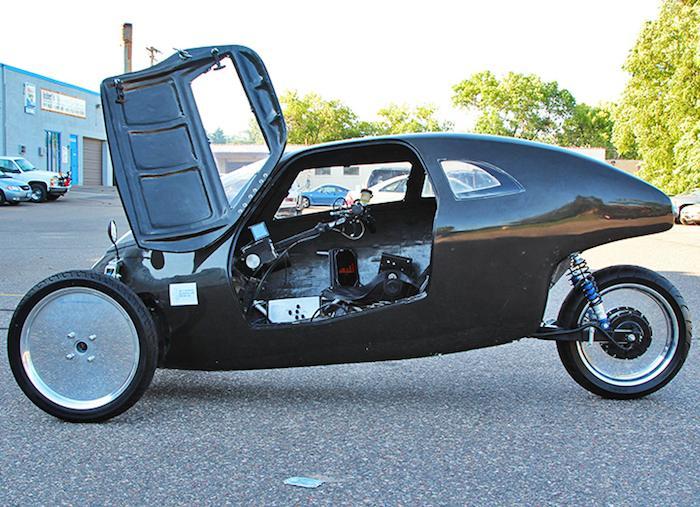 Raht Racer Triciclo eléctrico a pedales