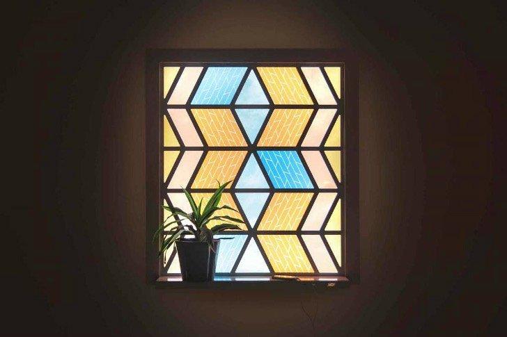 Espectacular vidriera que funciona como panel solar