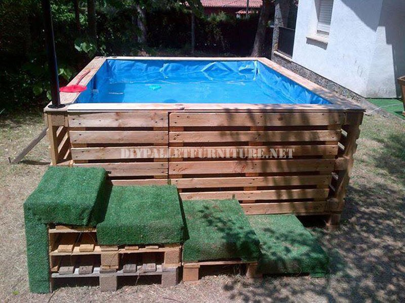 6 propuestas para hacer tu piscina con palets for Como hacer una piscina barata