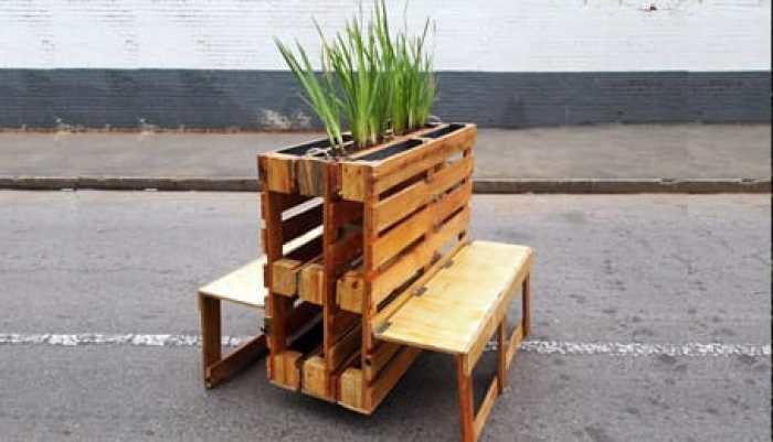 Reciclar palets ecoinventos for Bancos de jardin hechos con palets