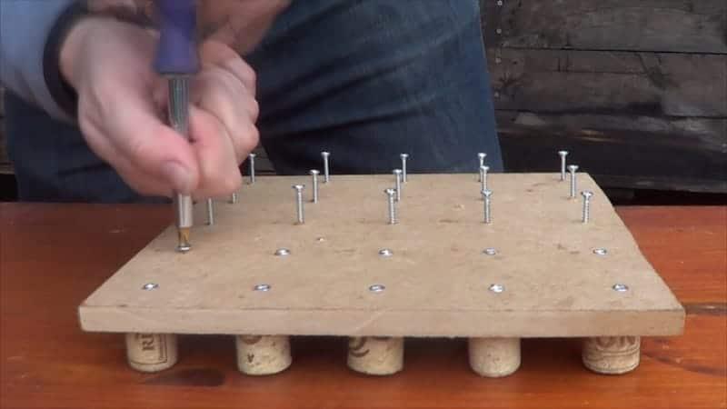 Como hacer herramienta de siembra casera