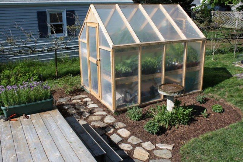 Como construir un invernadero con estructura de madera1