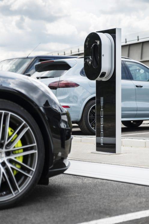 Porsche estación de carga ultrarrápida para vehículos eléctricos