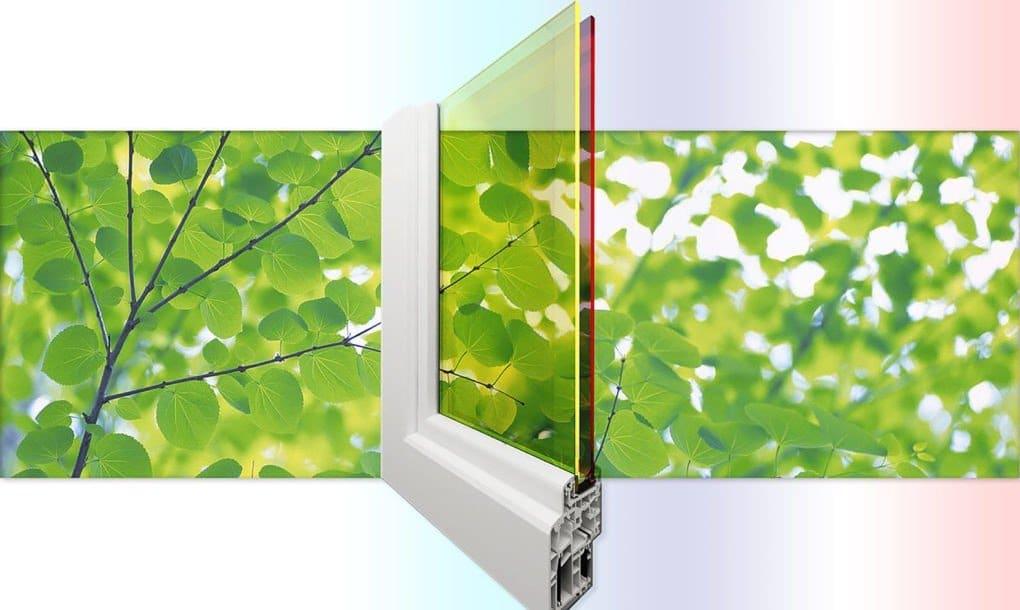 Una ventana solar de doble panel y triple uso: da sombra, aísla y genera energía
