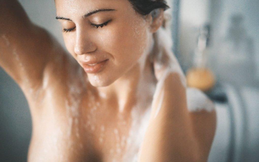 fare la doccia tutti i giorni