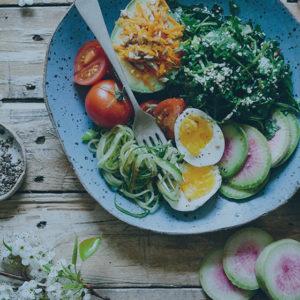 Nutrition et hypnose : Comment venir à bout des dépendances alimentaires