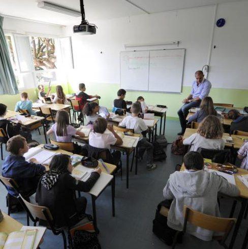 Quelles différences entre pédagogies alternatives et classiques ?