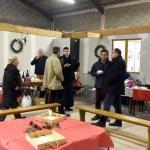 Des parents discutant lors du marché de Noël 2018 de l'école Notre Dame de l'Espérance