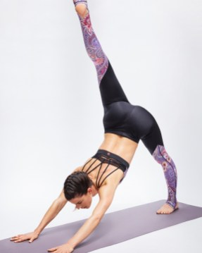 YKILE yoga 4