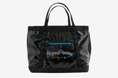 patagonia-recycled-bags-_1