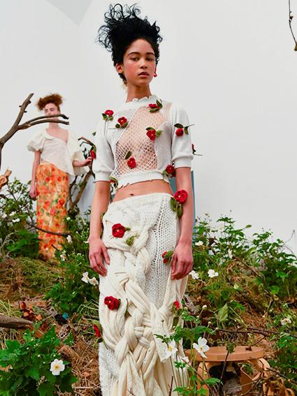 10. Caroline Hu