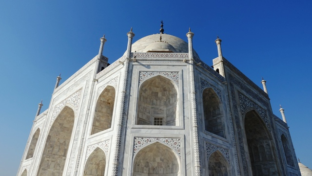 Taj Mahal, Agra, Jodipur, Udaipur, luxury travel, travel writer, blogger, Travel, Maharajas Express, India, Luxury Train Travel, Helen Siwak, Vancouver, Vancity, YVR, BC