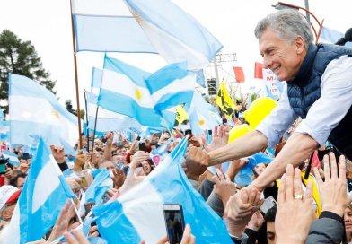 """Mauricio Macri: """"Esta carga impositiva es imposible para el desarrollo de las Pymes"""""""