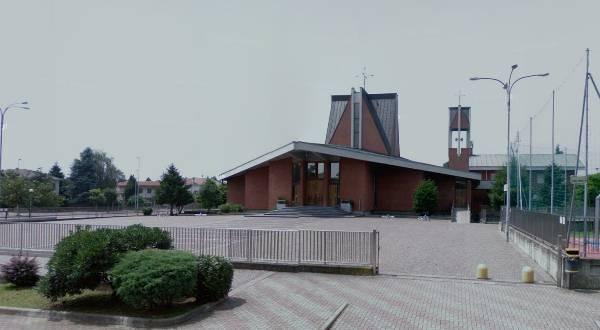 Piazza Paolo VI chiesa e oratorio di Ravello casa di