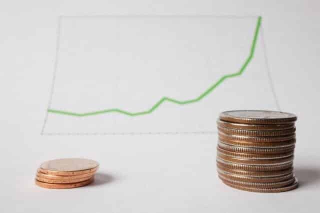 O que é preciso saber acerca das aplicações móveis para investir nos mercados Forex e CFD?