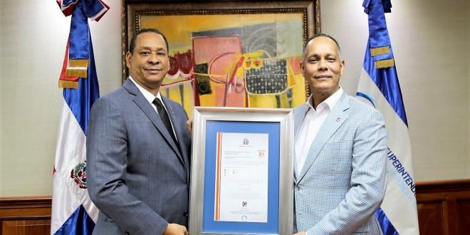 SIB recibe certificado de cumplimiento NORTIC A4:2014 Norma para la Interoperabilidad entre los Organismos del Gobierno RD