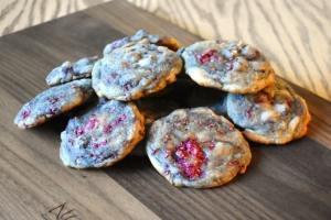 Biscuits aux framboises et chocolat