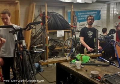 atelier de réparation de vélo libre-service BQAM